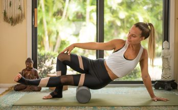 Best and Worst Yoga Poses for Knee Pain